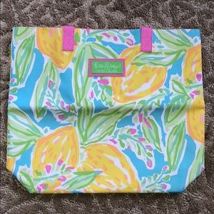 BNWT Lilly Pulitzer for Estée Lauder bag